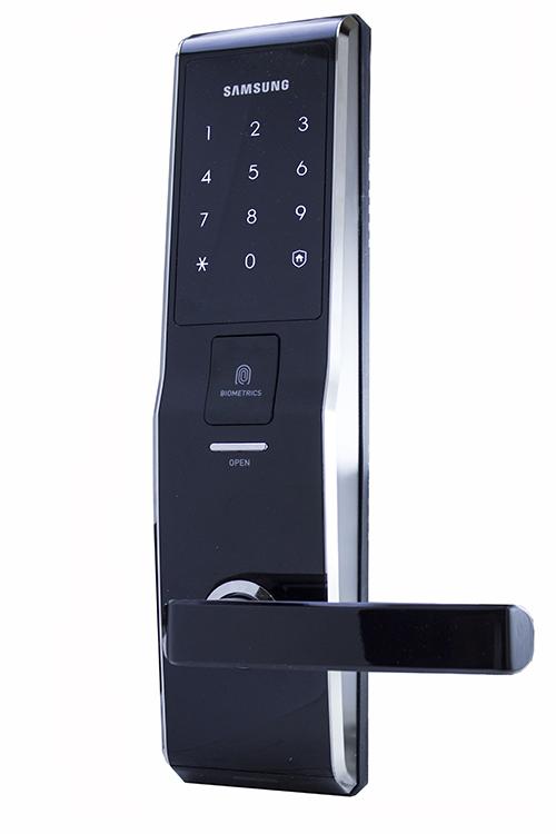 Биометрический замок Samsung SHS-H705/5230 Black с отпечатком пальца и функцией «автозапирание двери»